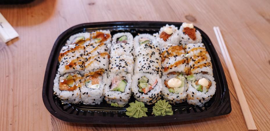 Masser af ruller fra Teriyaki Sushi