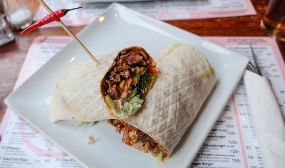 mexicansk-steak-wrap-hos-mackies-pizza