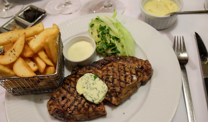 Mør steak på Brasserie Belli