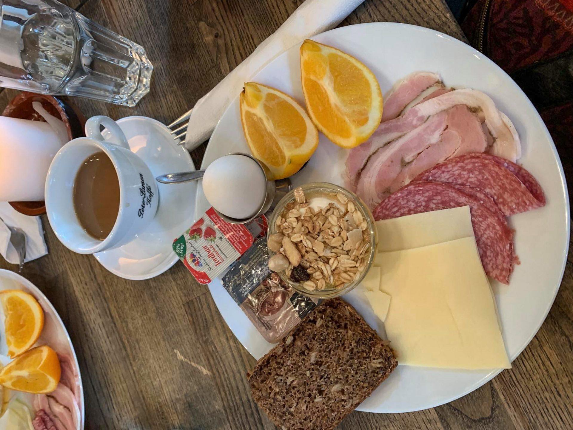 Lava Café & Restaurant: Succesen med morgentilbud fortsætter i hele august måned
