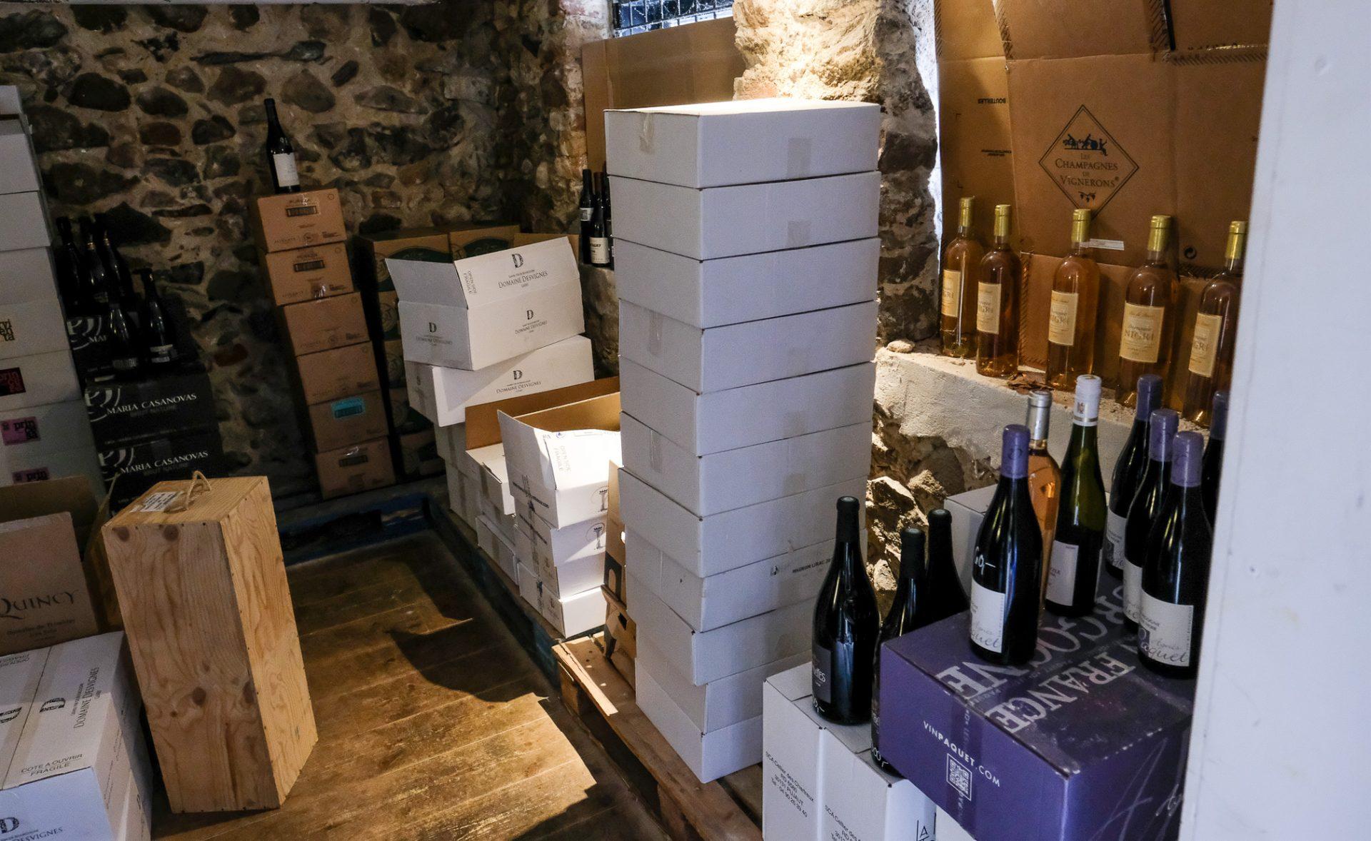 Norsminde Kro: Laver cool vinhandel i den gamle kampestens-stald