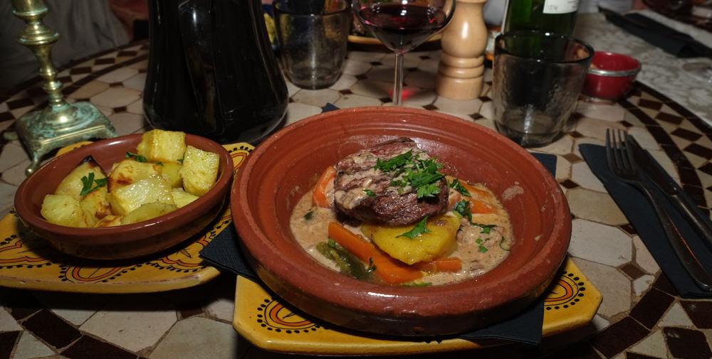 Oksemørbrad med ristede kartoftler på Restaurant Rick's i Aarhus