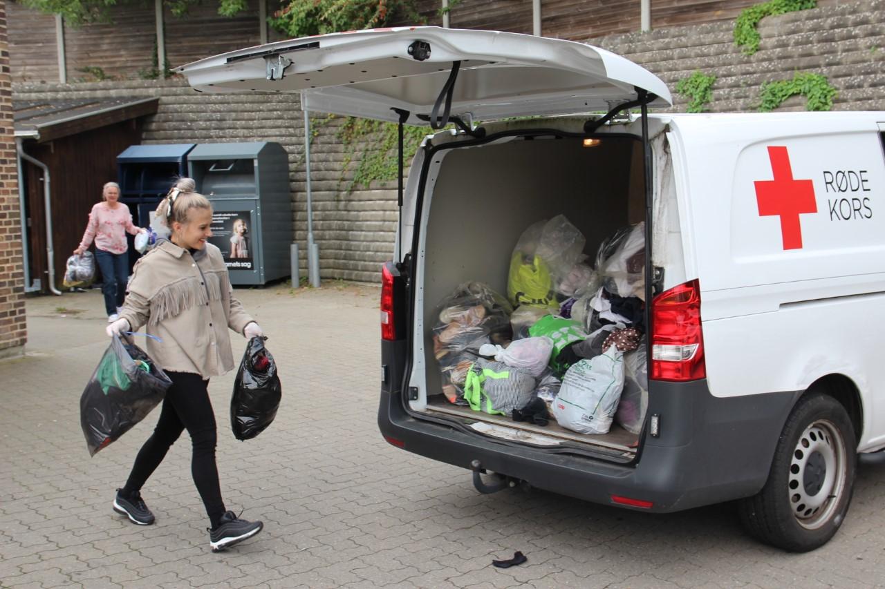 Fokus på genbrug og bæredygtighed: Røde Kors Aarhus åbner pop-up butik i Bruuns Galleri