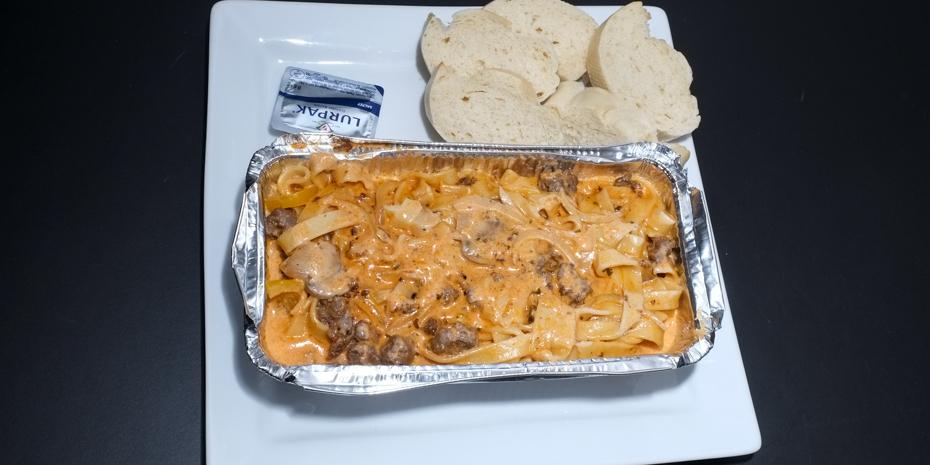Pasta med skært oksekød fra Food Lounge
