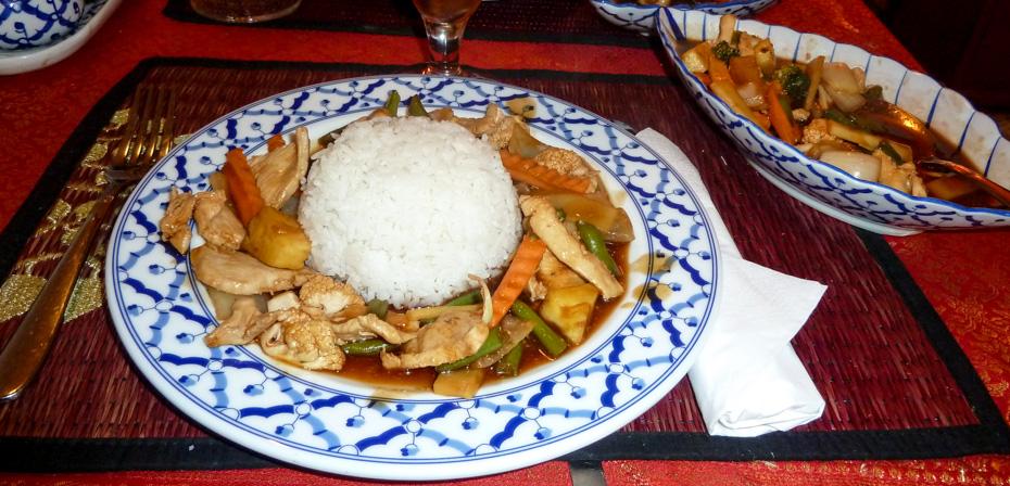 Phat Pak hos Thai & Sushi i Frederiks Allé_