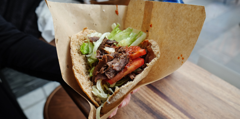 Pita med ren okse på Royal Shawarma Bar