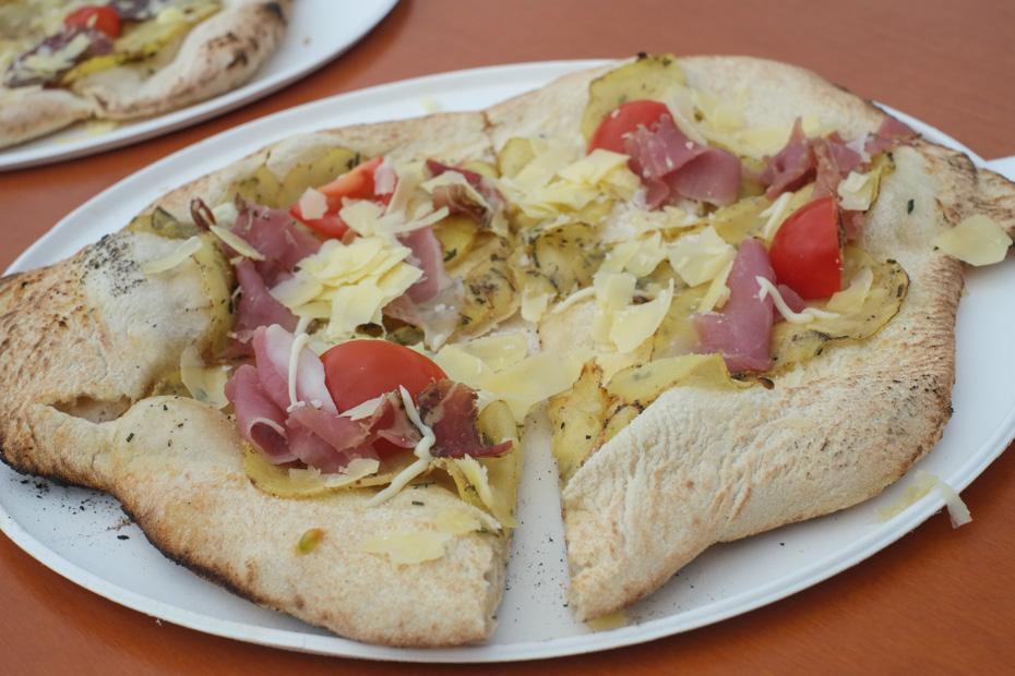 Pizza skinke fra Oles Gård
