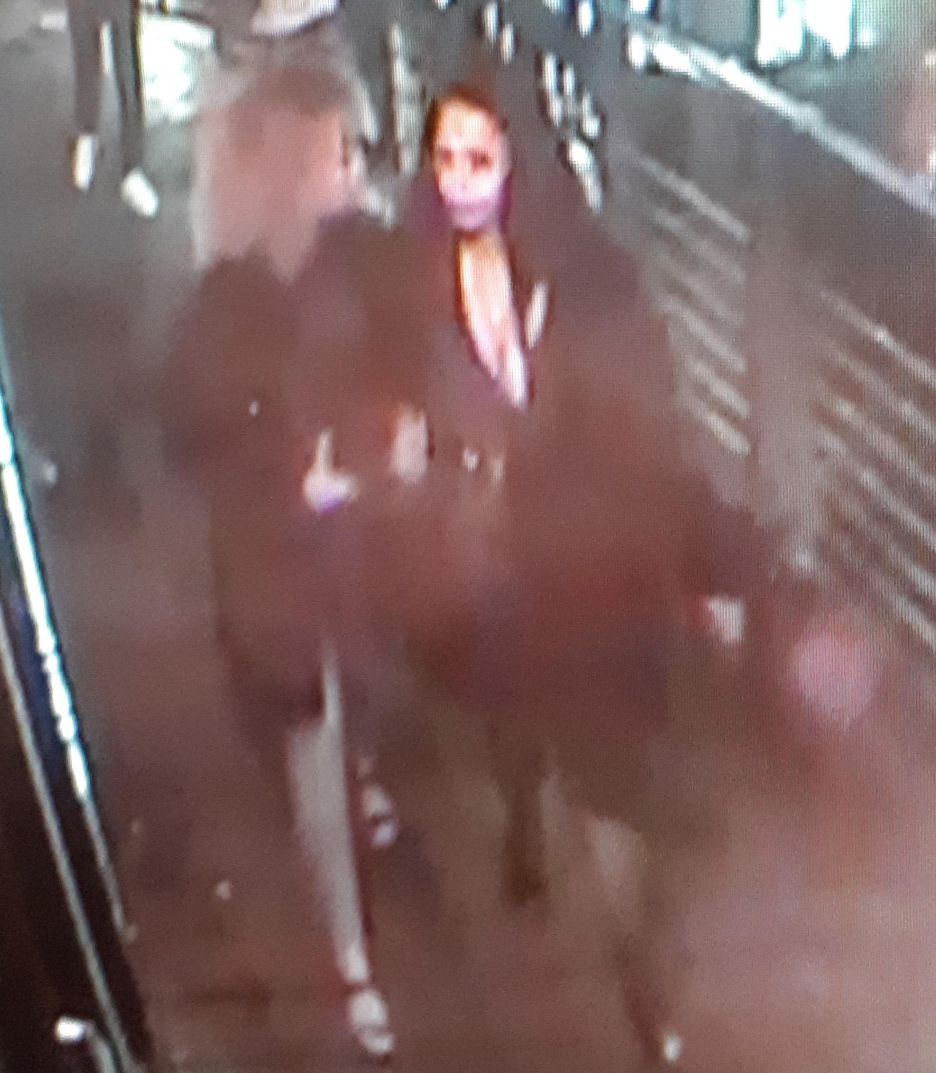 Kender du dem her? To kvinder efterlyses i voldssag