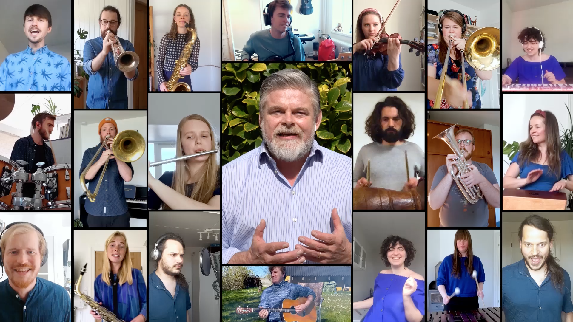 Luftens Helte: 19-personers band og Stig Rossen vækker Tarzan-klassiker til live i ny video