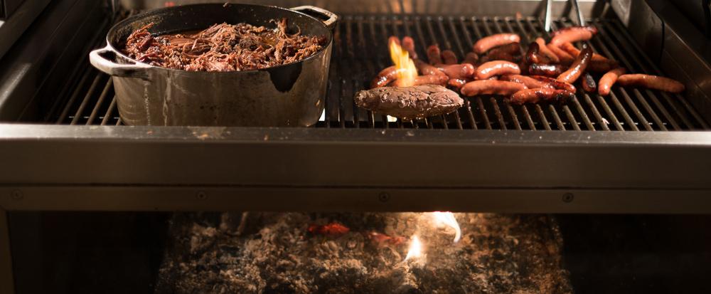 Pulled Beef og lidt af grillen på Restaurant Flammen i Aarhus