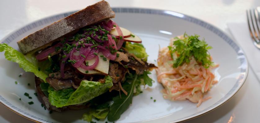 Pulled-pork-sandwich-på-Kejserriget