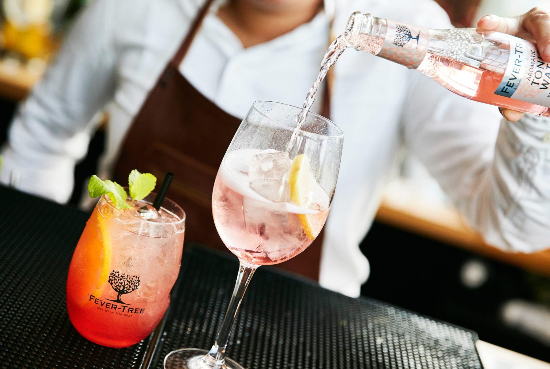Cocktails og rosé på toppen af Aarhus: ROOFTOP starter fredagsbar-koncept