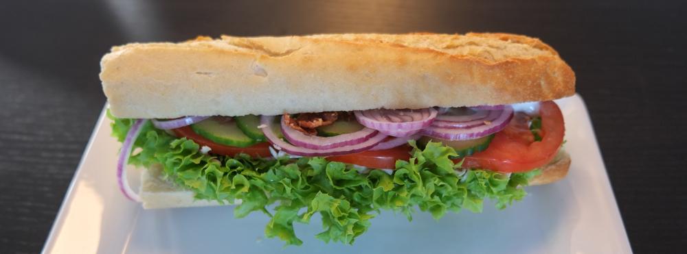 Sandwich med kylling og bacon fra Café Cille