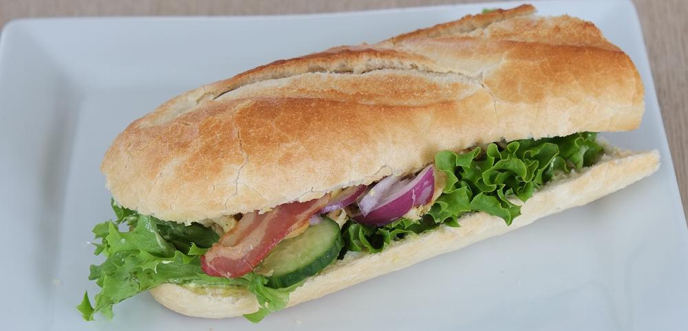 Sandwich med kylling og bacon fra Kemya Sandwichbar