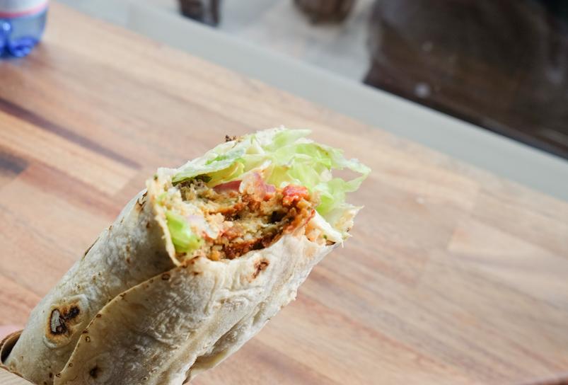 Shawarma med falafel på Royal Shawarma Bar