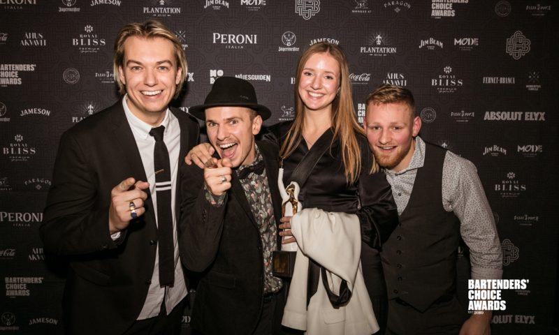 På billedet er Gedulgts 4 fuldtidsansatte. Fra venstre: Bastian Leander (barejer), Mads Schack (barchef), Tanne Morville (staff manager) og Mattis Molge (souschef).