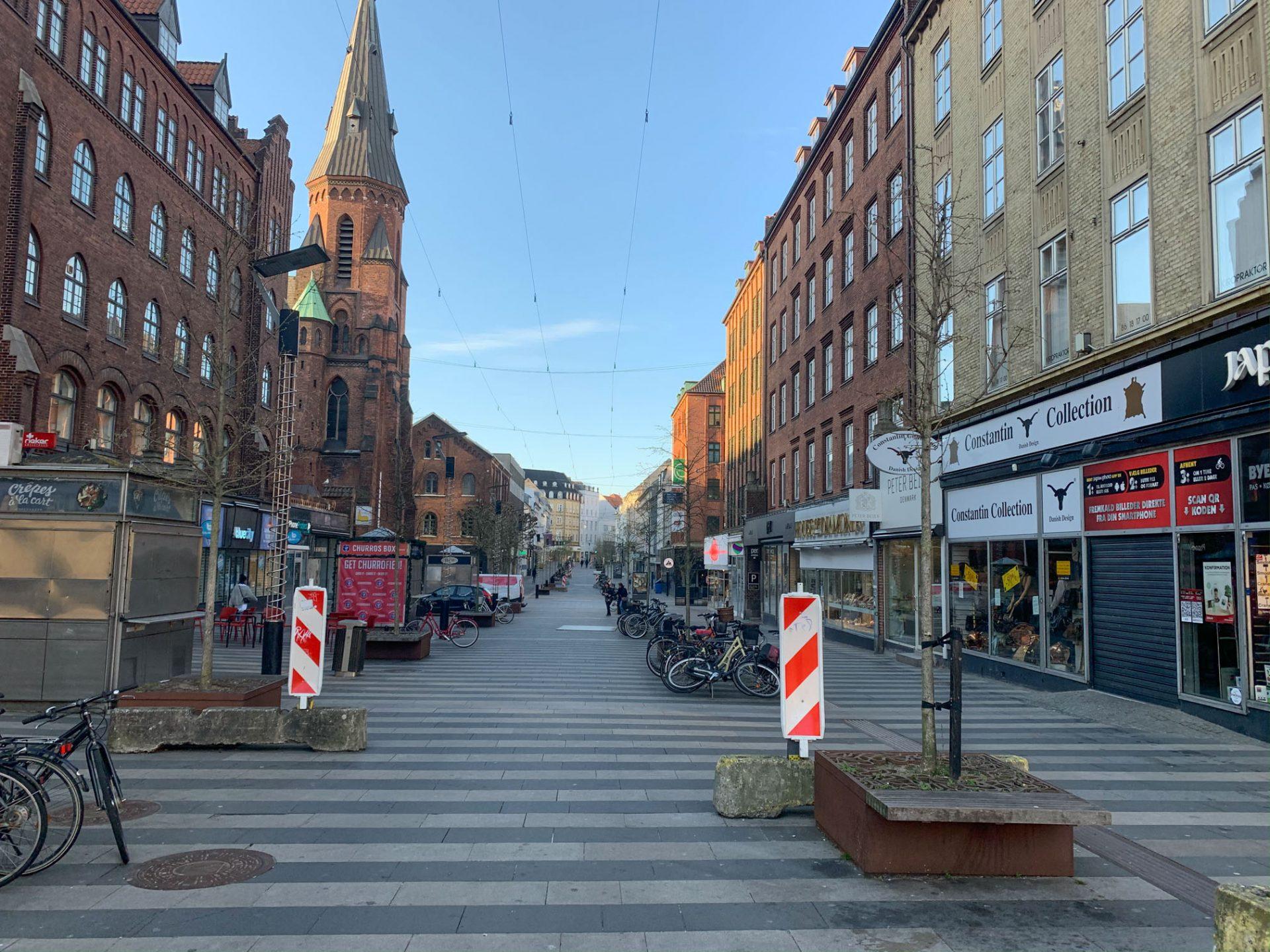 Shopping i Aarhus: Midnatsåbent og Verdensbilleder aflyses