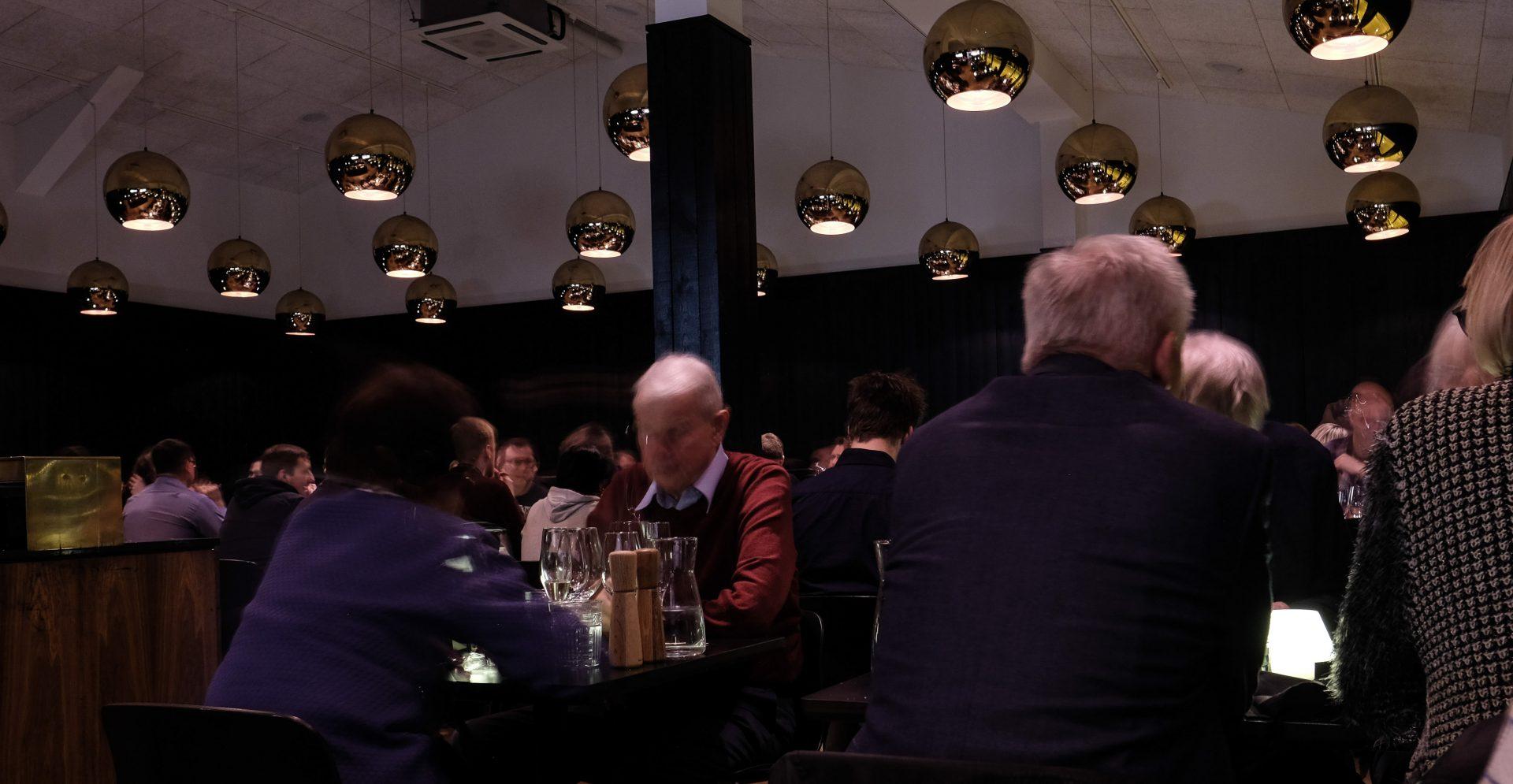 Vanvittige Koch: 395 kroner for en aften med rigelige mængder vin, øl, cognac og velsmagende mad
