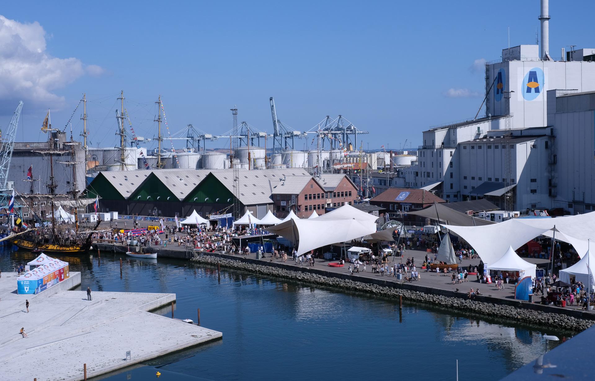 Det siger sig selv: Havneshow skabte kaos - og satte rekord