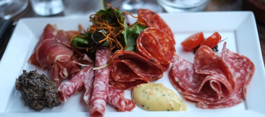 Tapastallerken uden ost på Vincaféen i Århus