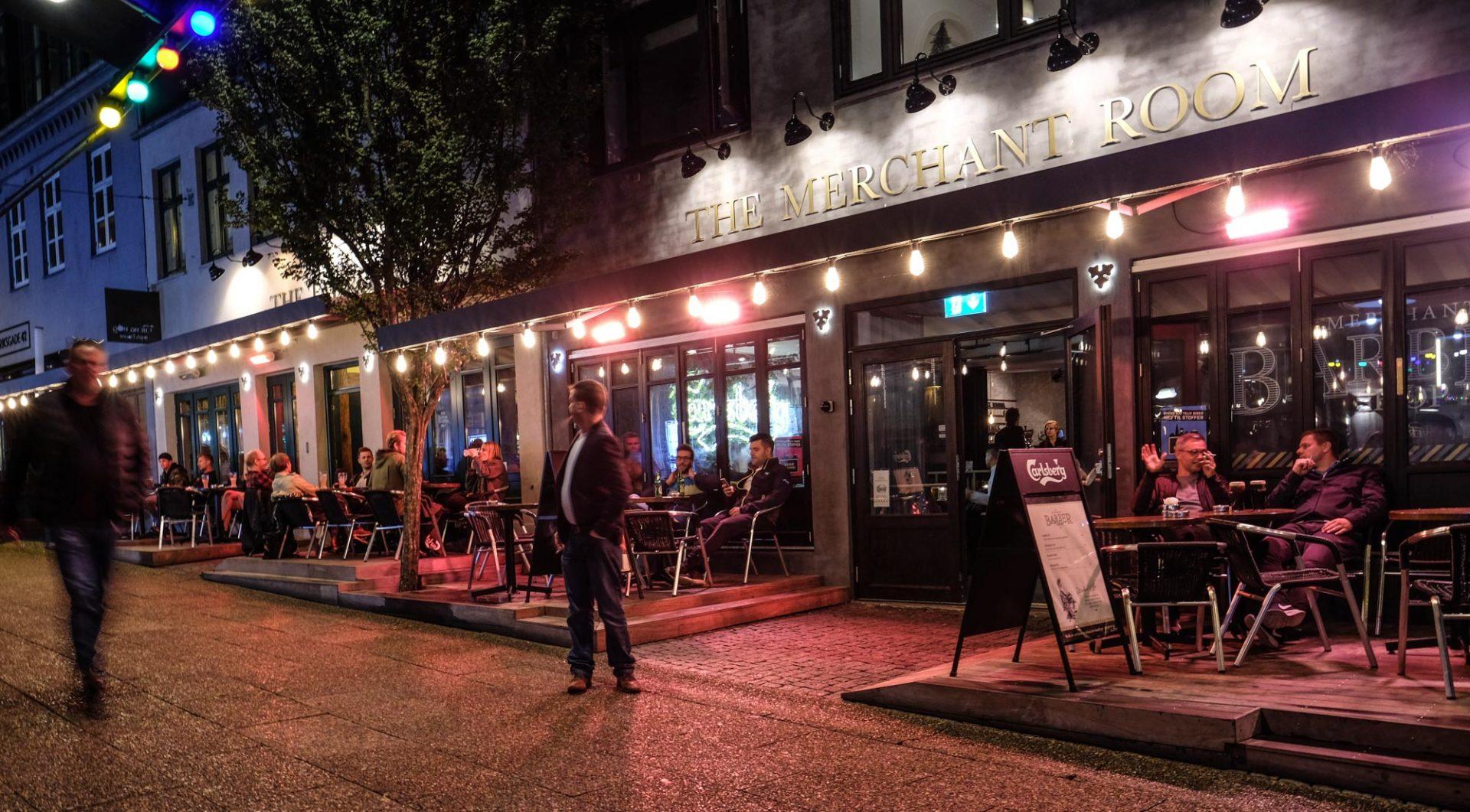 Fest, fri bar og god mad: Nytårsaften på Aarhus´ største bar, Tir Na Nog