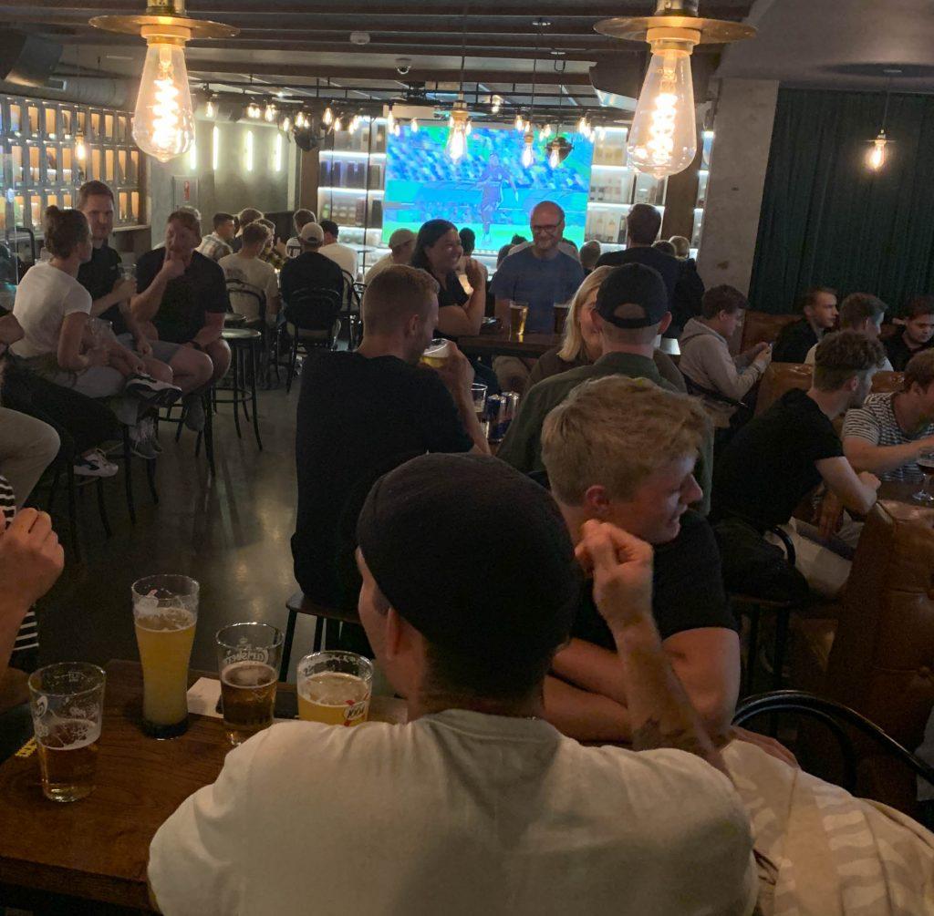 Tir Na Nog: Book bord og bestil mad til AGF mod FC Honka i Europa League