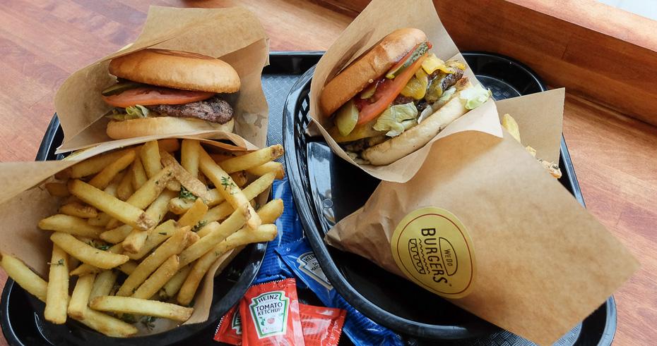 To gange burgermenu hos WeDoBurgers i Aarhus_