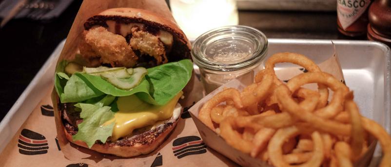Triple Treat burger på Grillen i Aarhus