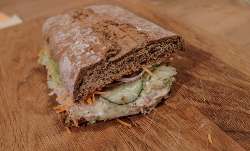 Meget mad til studentervenlige priser - Louis Sandwich Bar