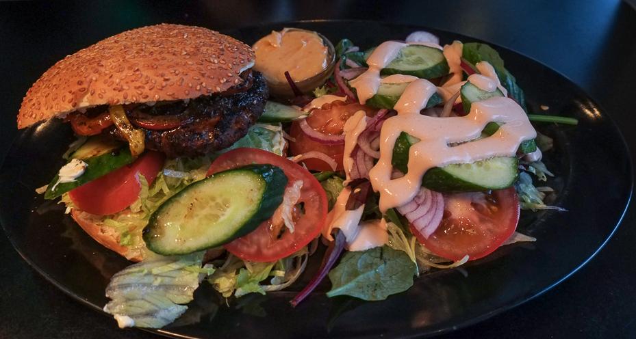 Virginia burger på Sharks Diner i Aarhus