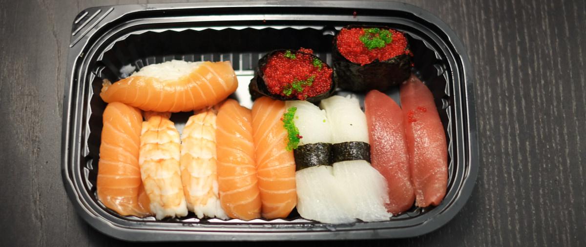 Vores nigiri menu med 12 stykker fra Sashimi Sushi på Trøjborg_