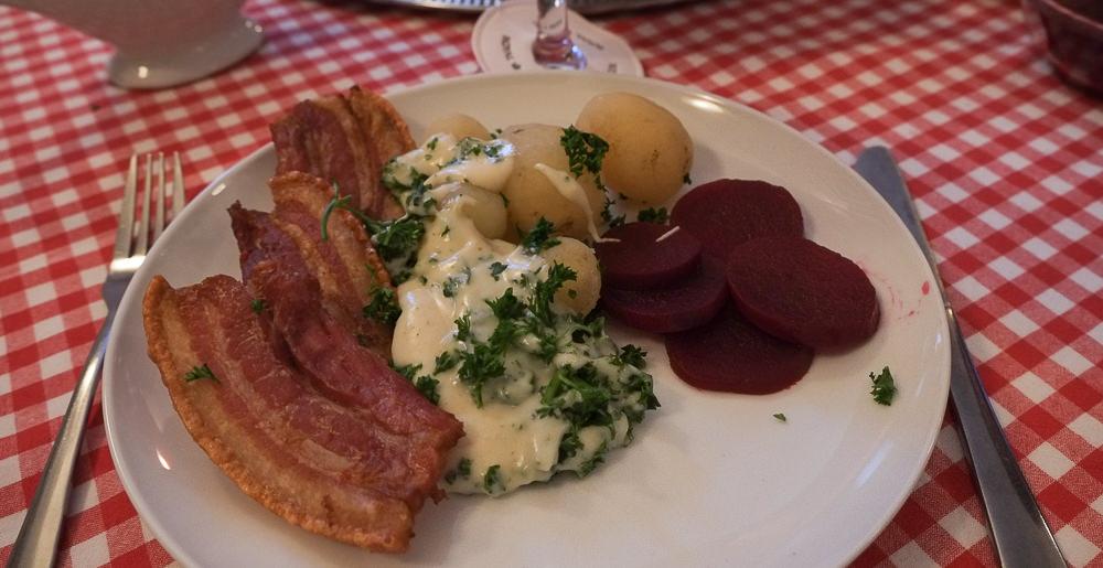 Vores omgang stegt flæsk på Restaurant Europa i Aarhus
