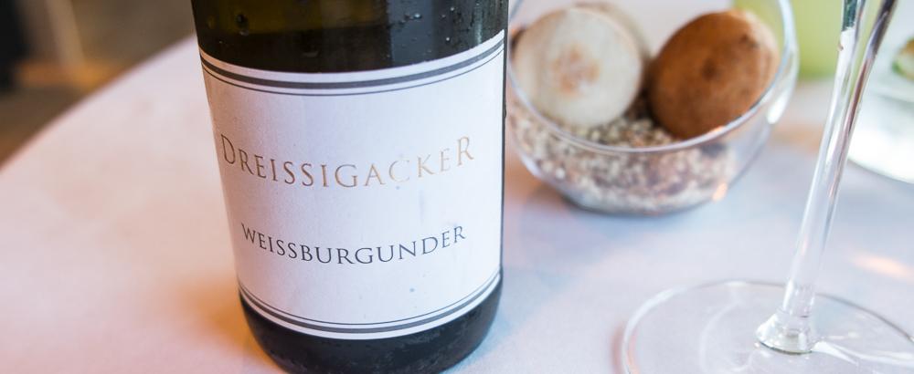 Weissburgunder Dreissigacker fra Weingut Dreissigacker på Frederikshøj