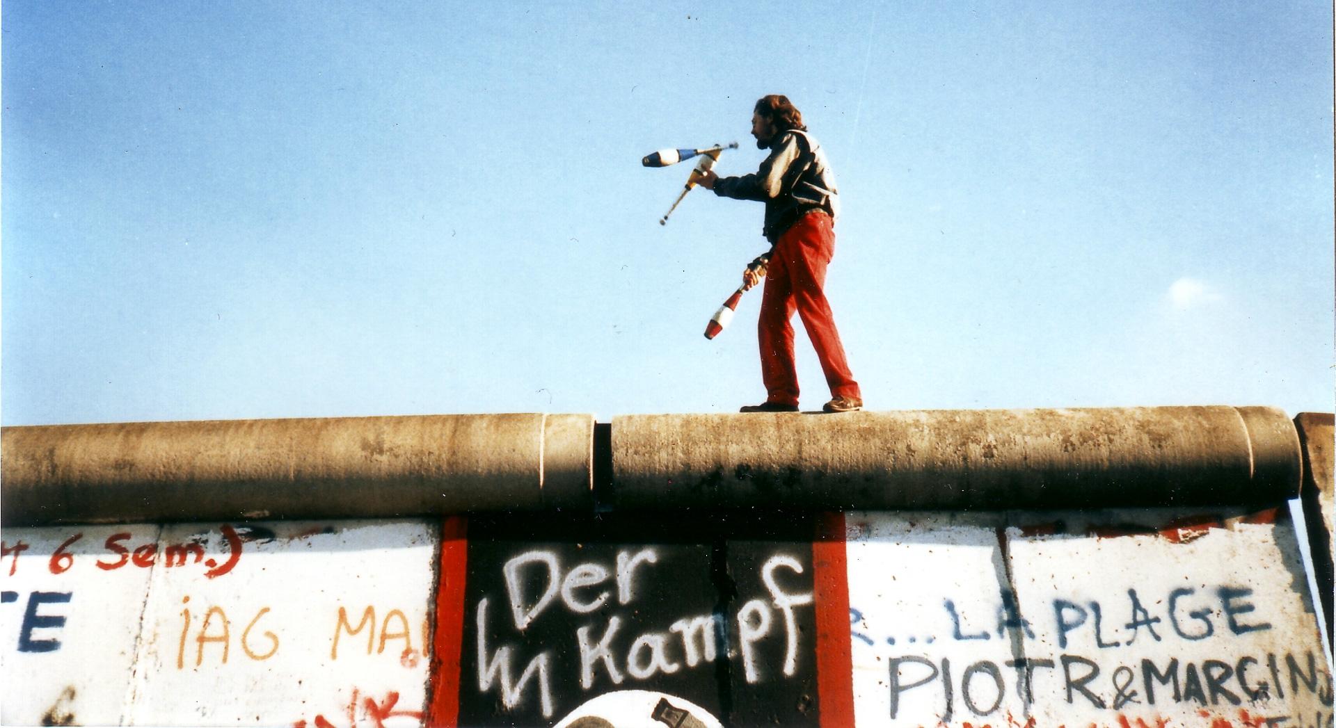 Ikonisk udstilling: Muren kommer til Aarhus