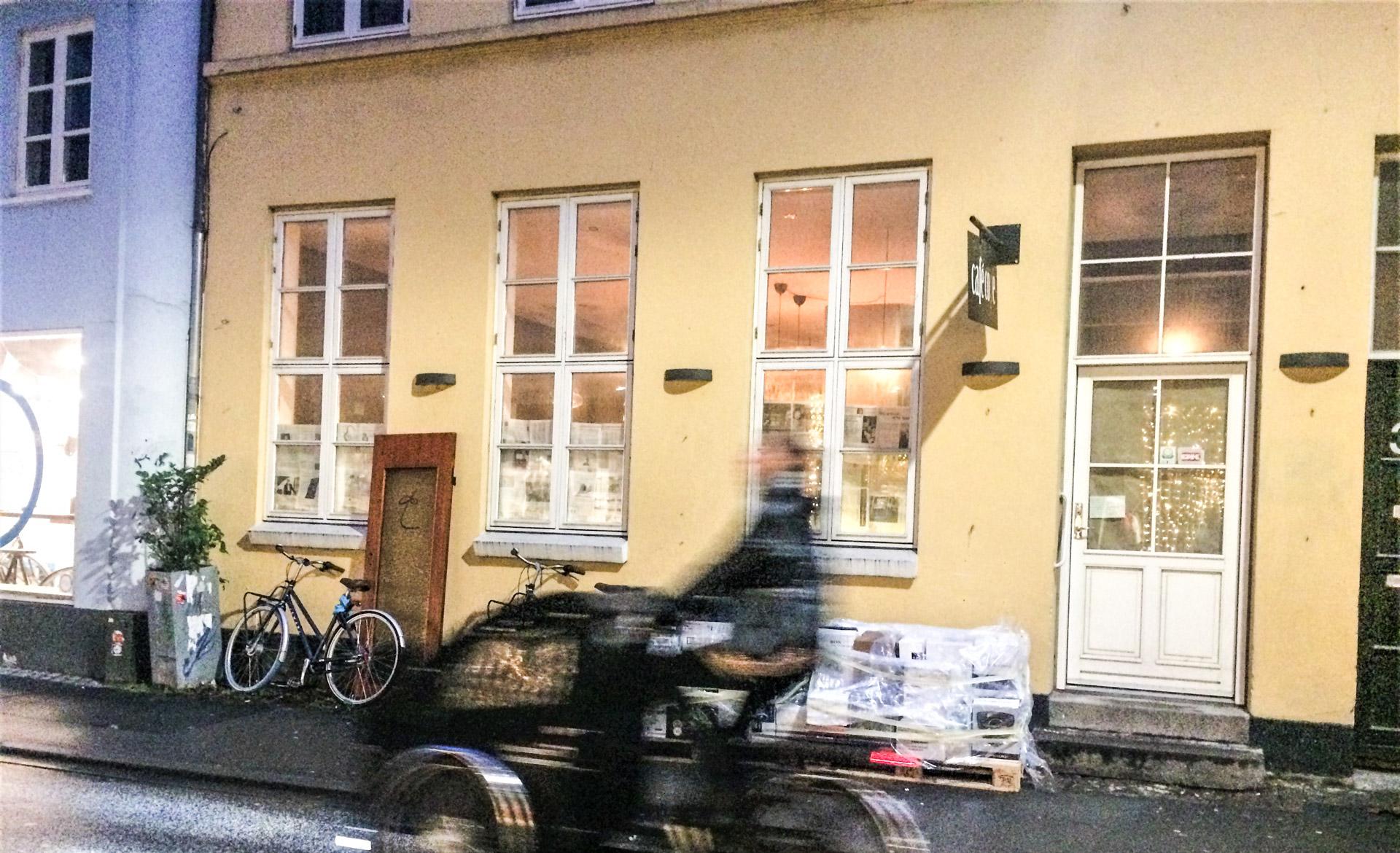Nyt i Mejlgade: Café bliver til spisested