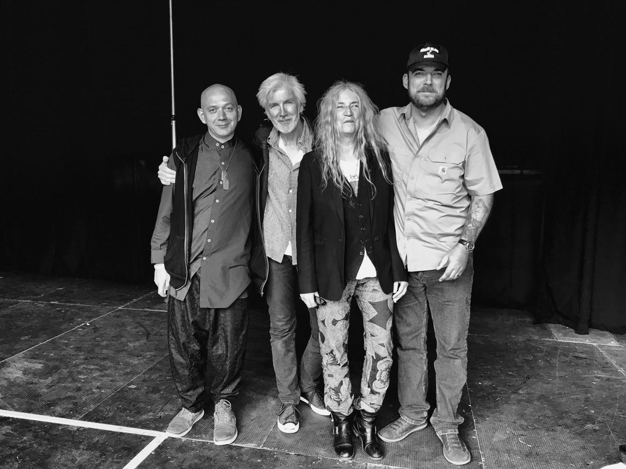 Anmeldelse: Patti Smith leverede rebelsk rockpoesi i flotte omgivelser