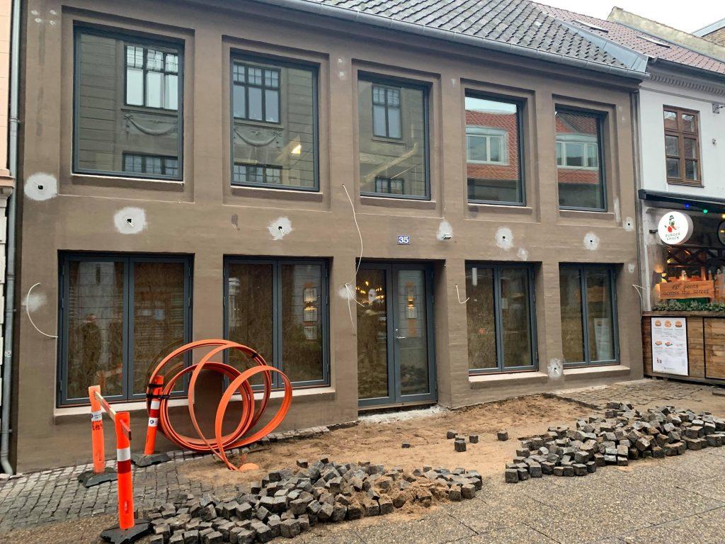 Ny tre-etagers bar åbner i Aarhus: Shuffleboards, livemusik og lækker natmad