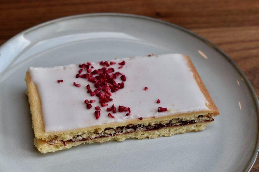 Den store hindbærsnitte-guide: Her får du søde snitter i Aarhus