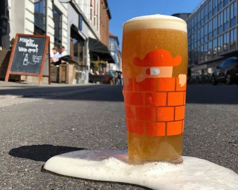 Fredagsøl i solen: Her kan du få en god øl to go i Aarhus