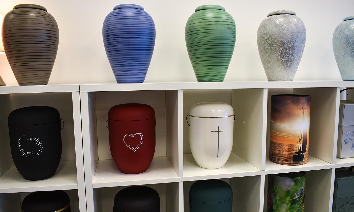 Vil hjælpe andre i sorg: Min Afsked har åbnet første butik i Aarhus