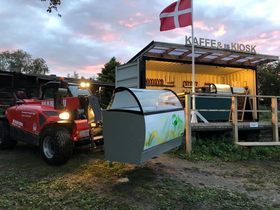 Nyd en gourmethotdog til byens bedste udsigt: Nu åbner Café Æblehaven igen