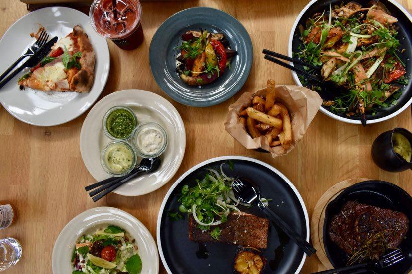 Byens nye foodcourt åbner i morgen: Spar 50% på hele menuen