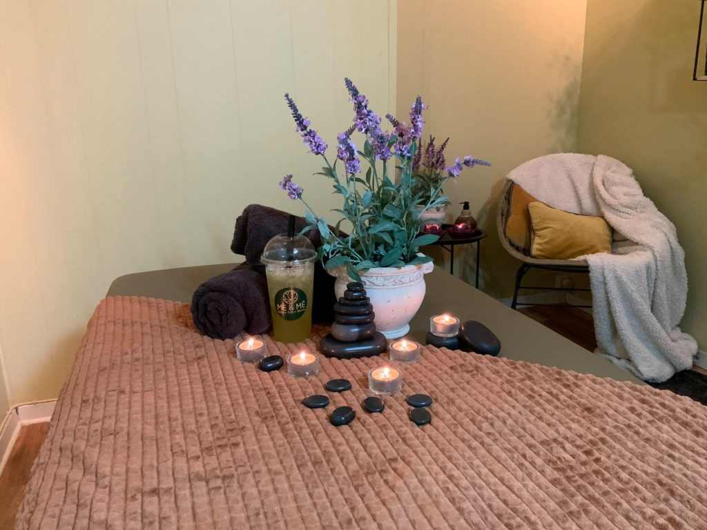 Massage og vinudsalg: Forkæl din mor på Mors Dag