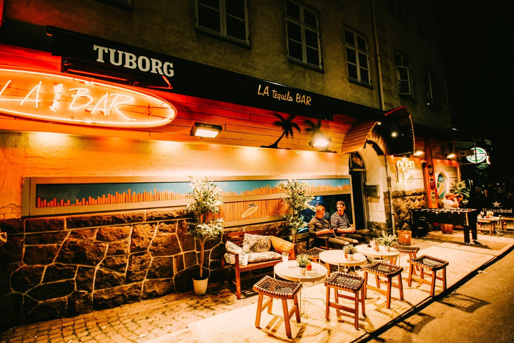 Den festlige bodega er tilbage: Nu genåbner Café Guldhornene