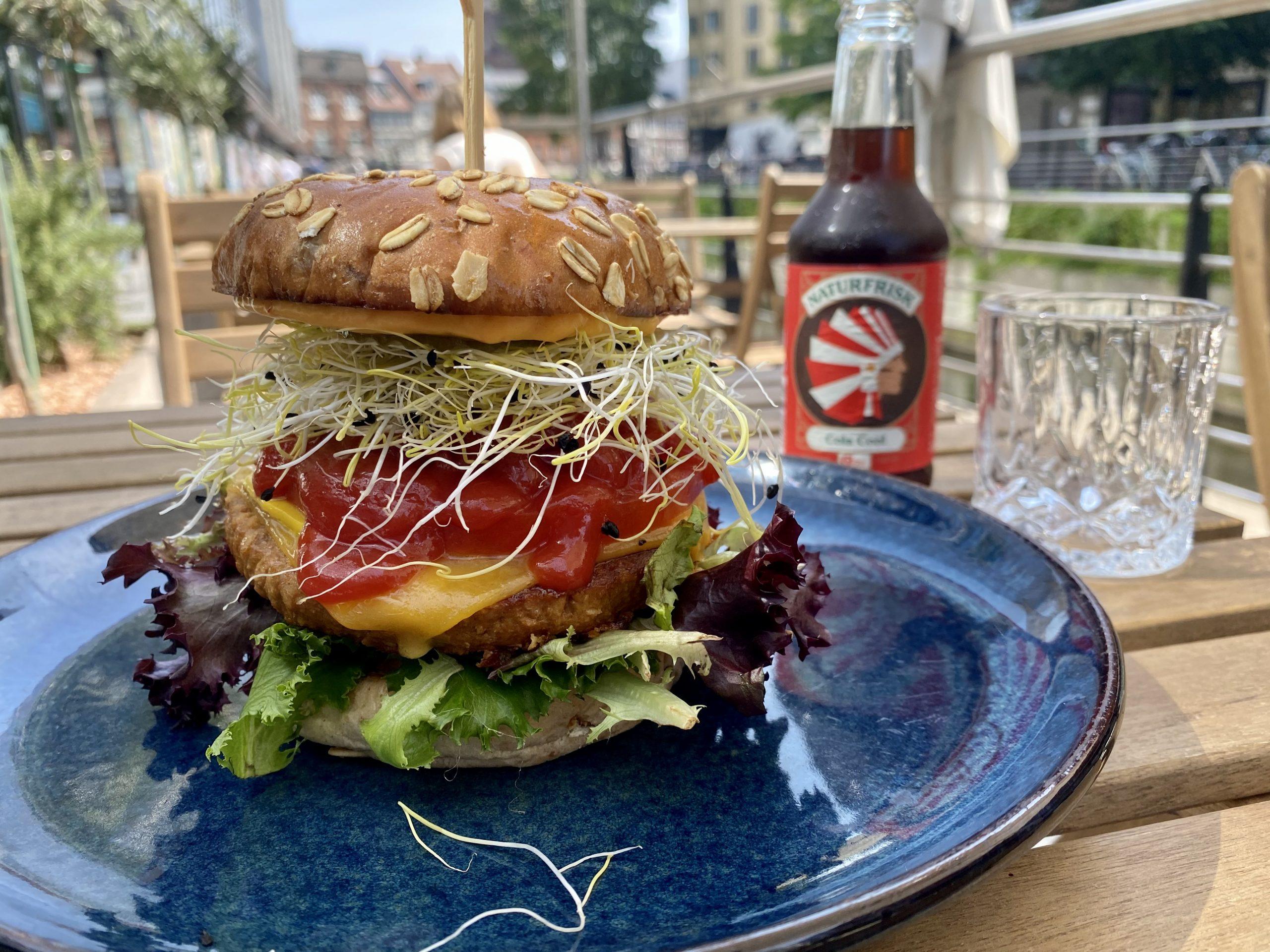 Burger uden kød: Her er 3 eminente vegetarburgere i Aarhus