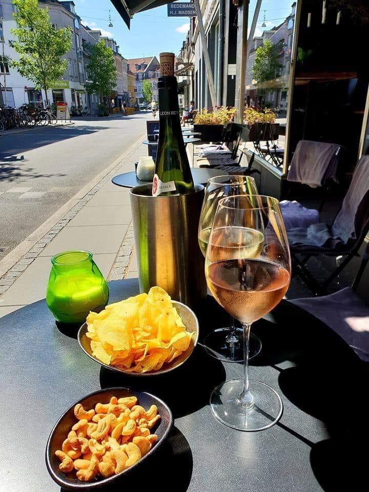 Hyggelig aften ude: 6 gode vinbarer i Aarhus