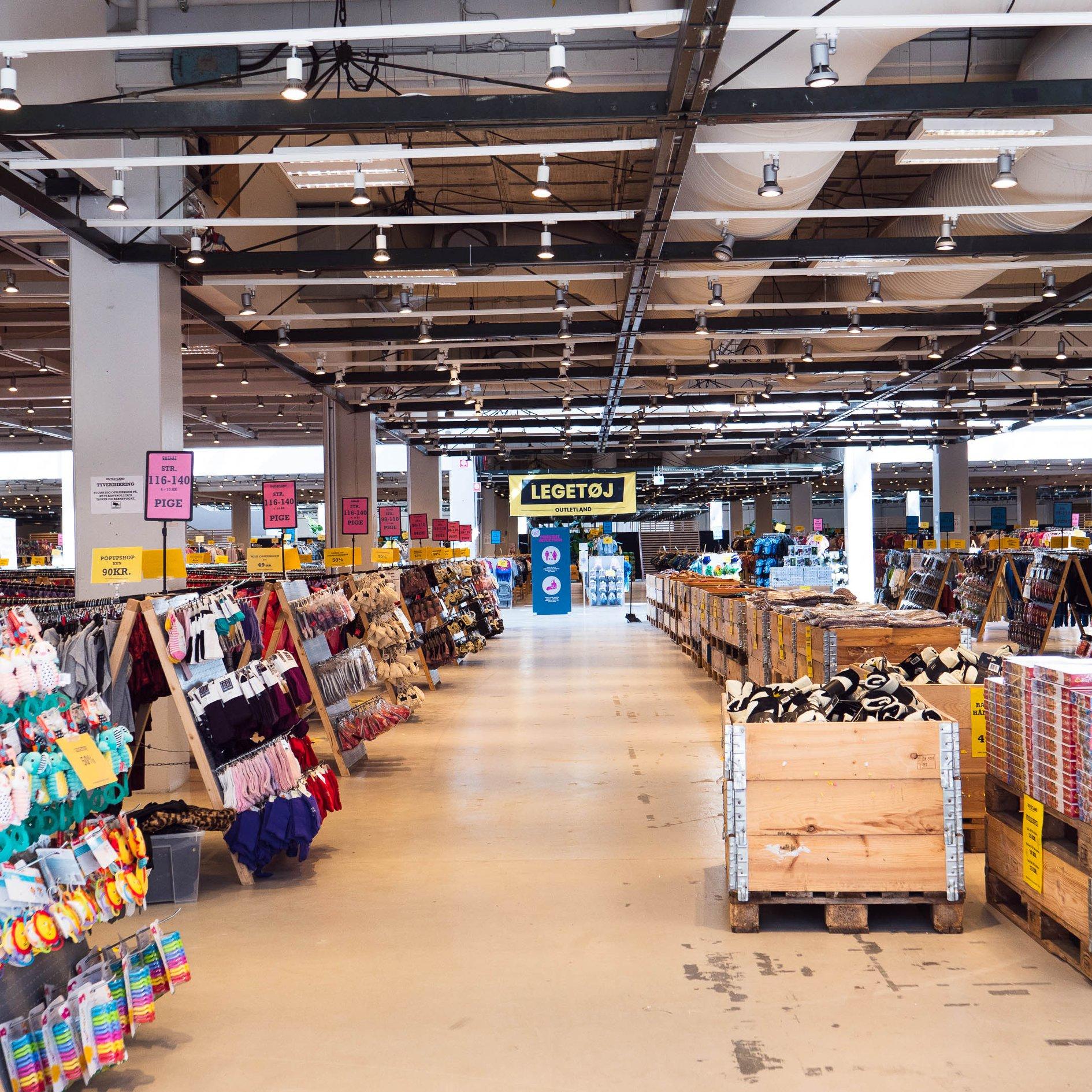 Danmarks største børnetøjsoutlet: I næste uge åbner Outletland kæmpe butik