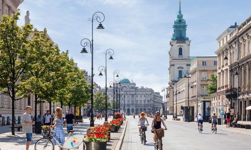 Krakowskie Przedmieście gaden i Warszawa. Foto: © City of Warsaw ©Warsaw Tourist Office