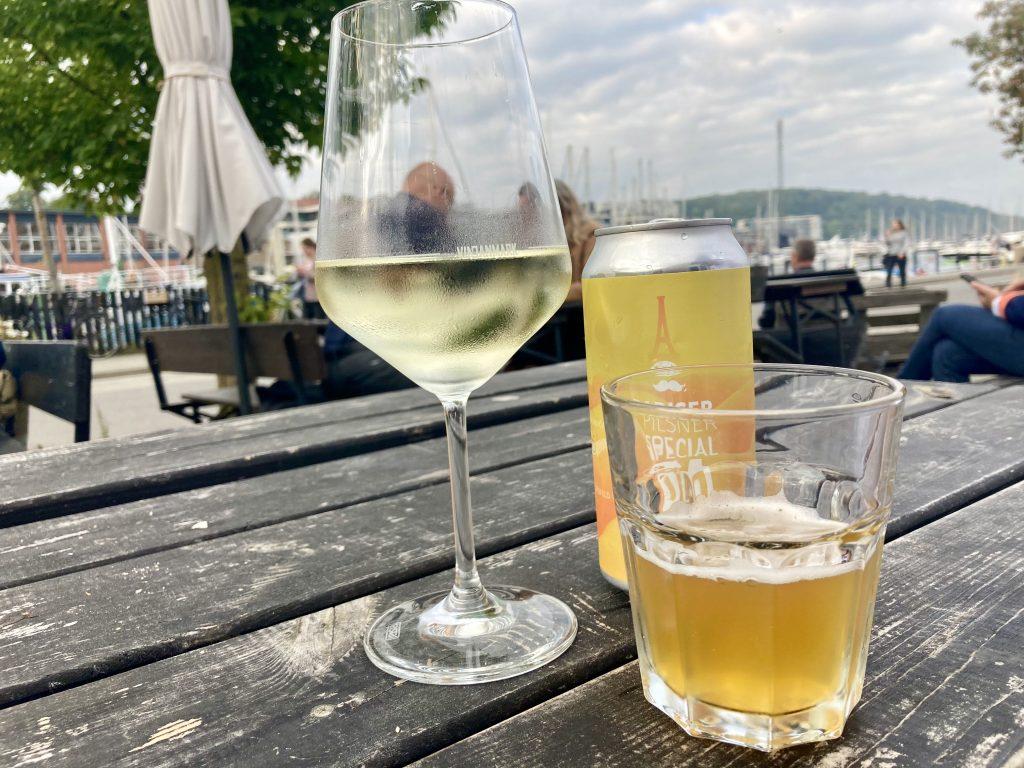 Kom helt tæt på kunstneren: Mad, vin og intimkoncerter hos VinDanmark